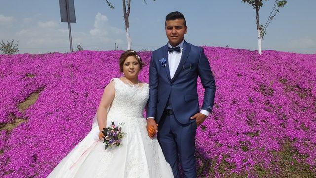 Evlenecek çiftlerin fotoğraf çekim yolu