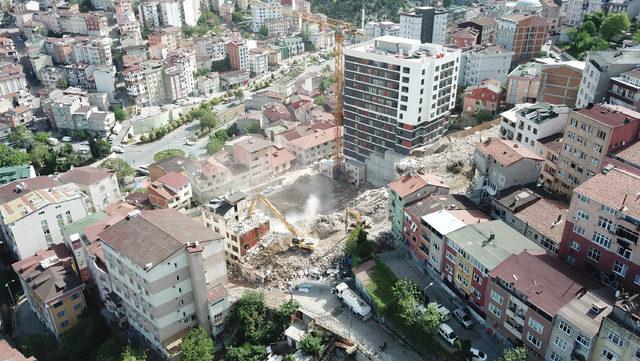(Havadan fotoğraflarla) Kağıthane'de 14 bina yıkıldı