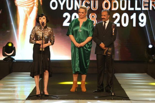 24. Sadri Alışık Sinema ve Tiyatro Oyuncu Ödülleri sahiplerini buldu