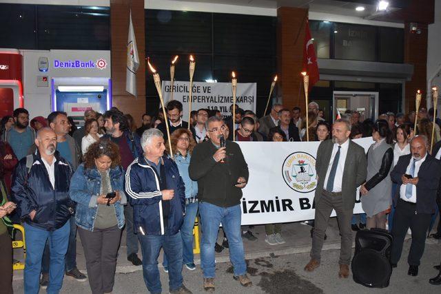 İzmir Barosu'nun protesto 'nöbet'i devam ediyor