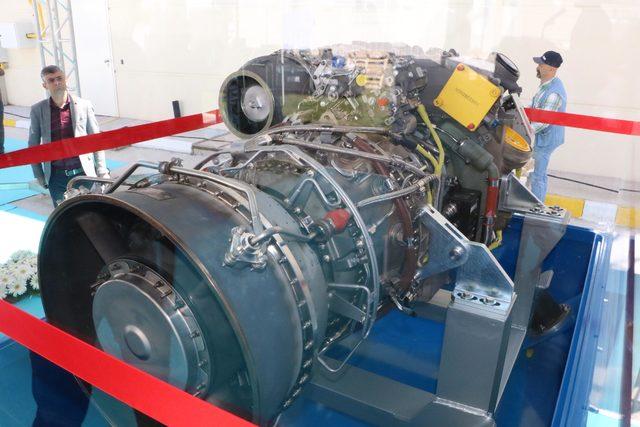 turkiyenin-ilk-yerli-helikopteri-kara-sahinin-ilk-4-motoru-tamam_8132_dhaphoto2