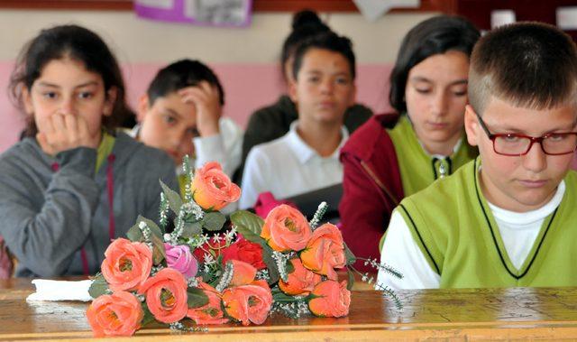 Gölette boğulan kuzenlerin sınıflarında yas