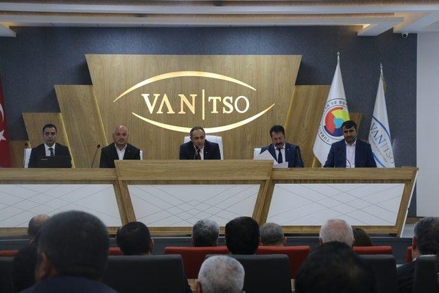 """Yasin Ertürk: """"Van her zaman cazibe merkezi olmuştur"""""""
