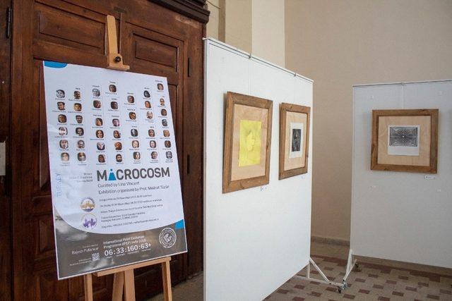 Güzel Sanatlar Fakültesi'nde Uluslararası Mikrokosmos 2018 Baskıresim sergisi açıldı