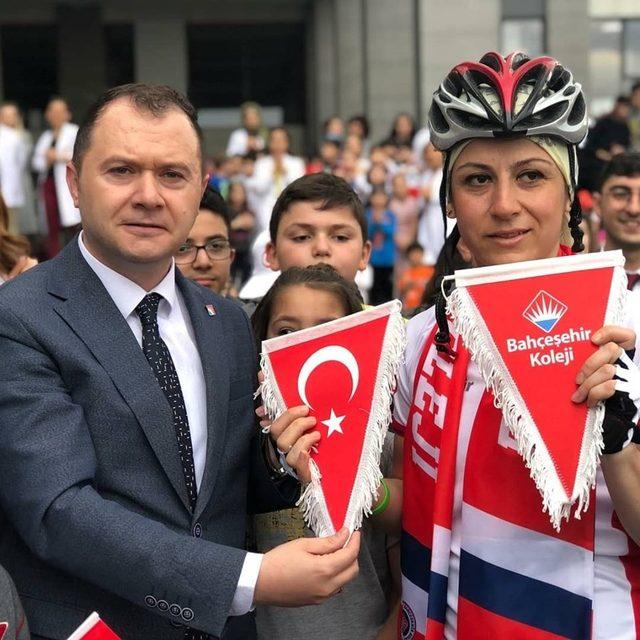 Bisikletle İstanbul'dan Samsun'a yola çıkan öğretmen Çankırı'ya ulaştı