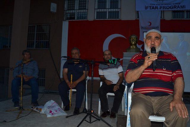 Kızılay'dan 400 kişiye iftar programı