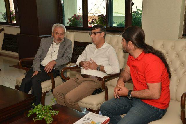 Mezopotamya psikologlar inisiyatifi Mızraklı'yı ziyaret etti