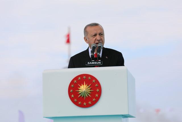 Erdoğan: Gençlerimizle bir araya geldiğimizde geleceğimize güvenim pekişiyor
