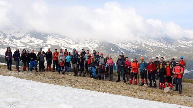 2 bin 543 metre yüksekte 100. yıl coşkusu