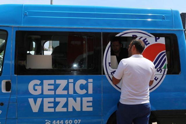 Kepez'in gezici vezneleri pazar yerlerinde