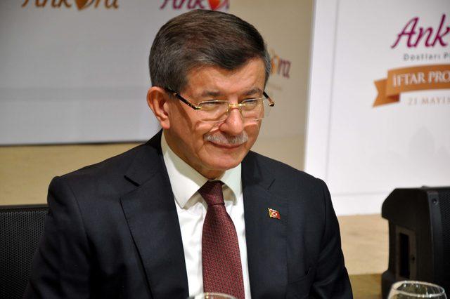Davutoğlu: Ülke meselelerinde kanaatlerimi ifade etmeye devam edeceğim