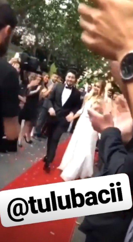 unlu-youtuber-enes-batur-tulu-baci-ile-evlendi-12076712_4072_m