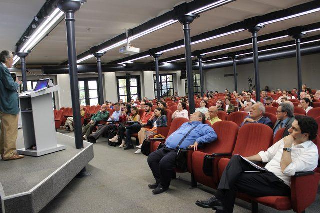 Prof. Dr. Erinç Yeldan: Ekonomide mevcut süreci atlatmak için irade gerekli