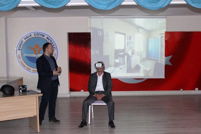 'Hayalleri Gerçekleştiren Gözlük' projesinin tanıtımı yapıldı