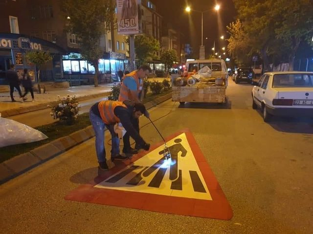 Edirne Belediyesi'nden 'önce yaya' kampanyasına destek