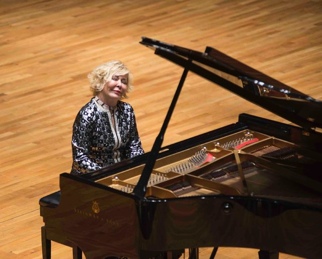 İzmir'de, 'Gülsin Onay ile Chopin Akşamı'