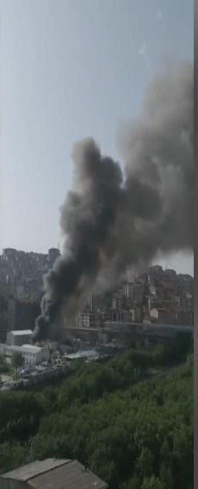 Metro inşaatında işçilerin kaldığı konteynerde yangın