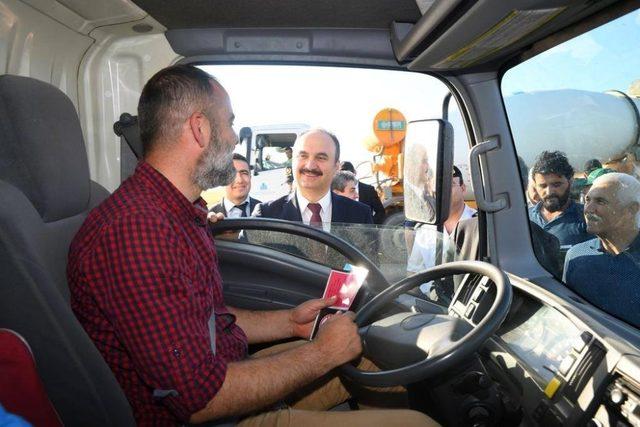 Vali Canalp trafik uygulamalarını denetledi