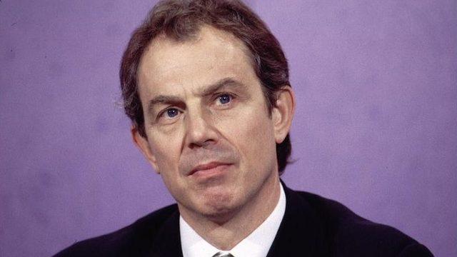 Eski İngiltere Başbakanı Tony Blair, daha parti lideri olmadan önce toplantıya katılmıştı.