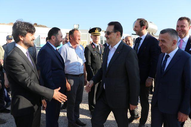 Bakan Dönmez: Kıbrıs Türklerinin hakkına göz dikenler, bu çılgınlıklarından vazgeçsinler