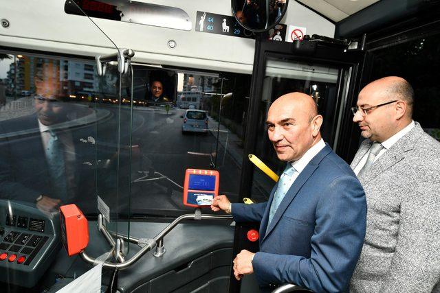 İzmir'de belediye 100 kadın otobüs şoförü alıyor