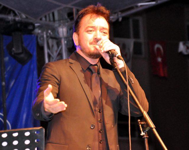 Bitlis'te ramazan etkinliğine Orhan Ölmez'li final