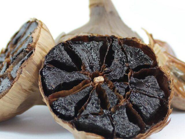 Binbir Derde Deva Siyah Sarımsak: Kuru Meyve Tadında ve Kokusuz!