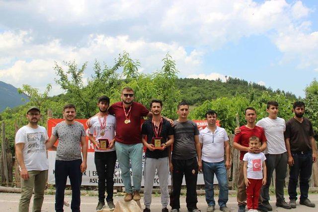 Bursa'da bayramda 'Tahta Araba Yarışları' geleneği