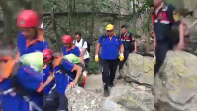 Fotoğraf çekilmek isterken şelaledeki kayalıklardan düşen çocuk öldü