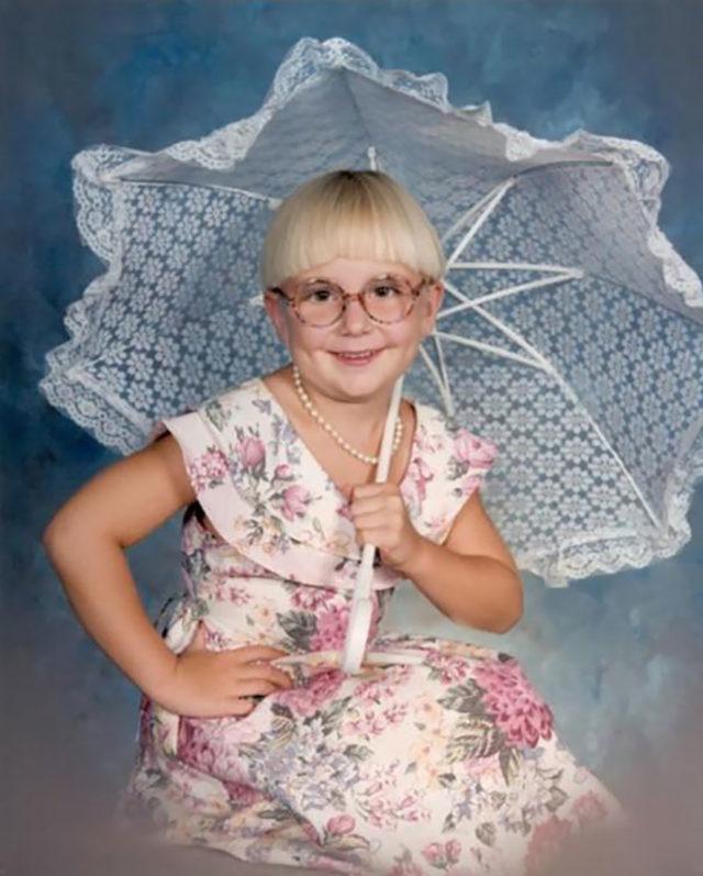 funny-embarrassing-childhood-photos-kids-looking-older-65-59d6187432af6__605