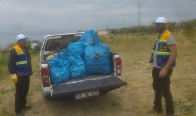 Tuşba Belediyesinden sahil temizliği