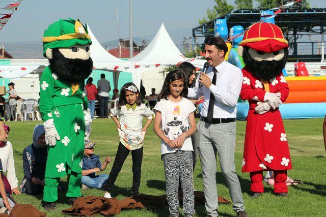 Bingöl'de yetim ve öksüz çocuklar şenlikte eğlendi