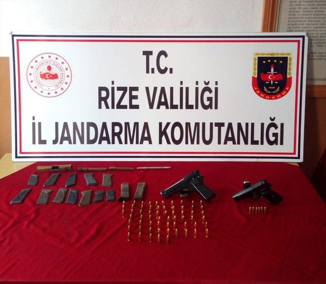 Rize'de ruhsatsız silah atölyelerine operasyon: 2 gözaltı <br />