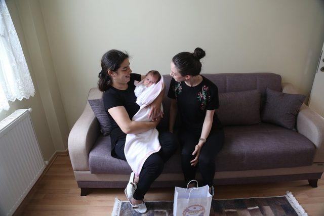 Sapanca Belediyesi hoş geldin bebek ziyaretlerine devam ediyor
