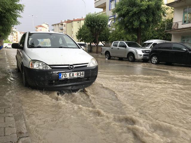 Karaman'da sağanak, sele neden oldu