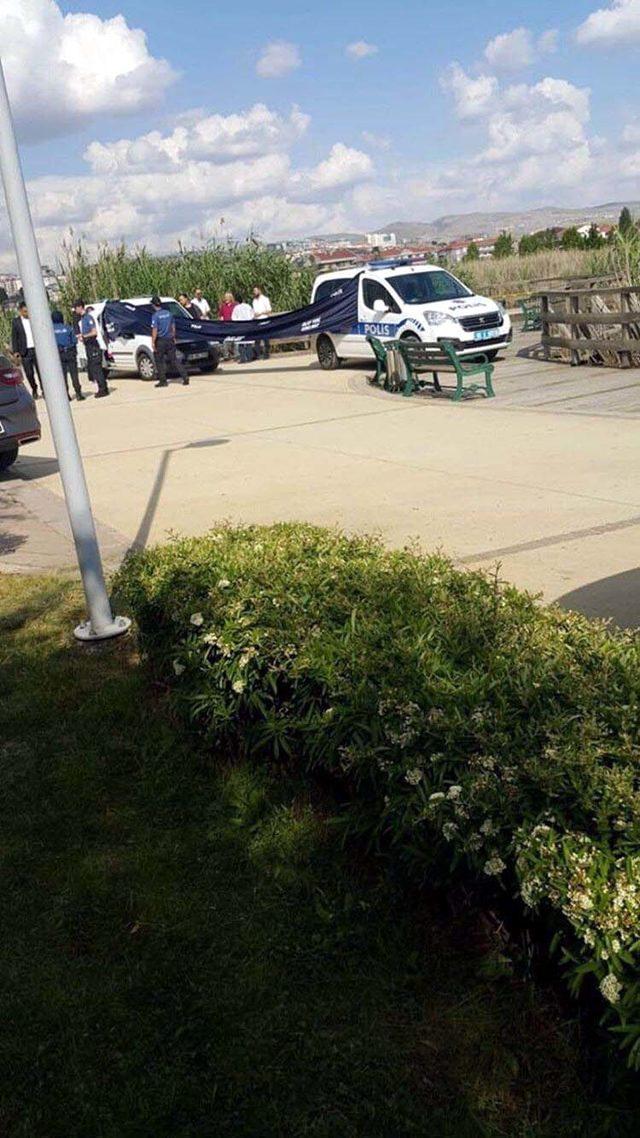 Mogan Gölü'nde kadın cesedi bulundu