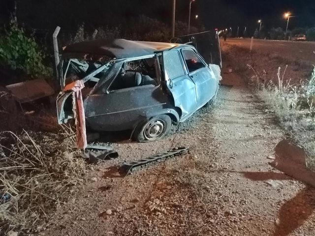 Tavas'ta iki otomobil çarpıştı: 1 ölü 1 yaralı