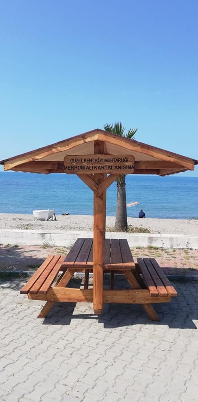 Güzelkent'te sahil, morg ve şadırvan düzenlemesi