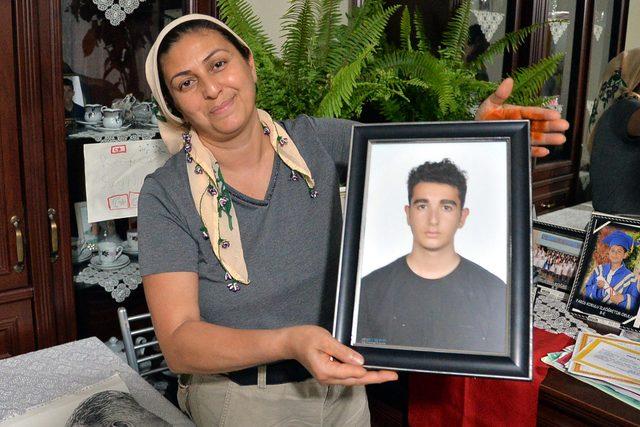 Evlatları siyanürle intihar eden anne-babanın 'yasaklansın' feryadı ile ilgili görsel sonucu