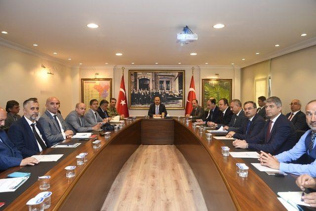 Kırkpınar toplantısı Vali Canalp başkanlığında yapıldı