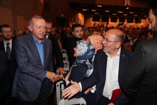 Erdoğan: Özür dilemedikçe böyle bir adaylığa bırakın layık olmak, böyle bir makama gelemez