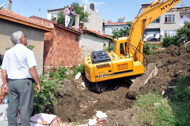 Malkara'da '5 ton altın' iddiası üzerine kazı çalışması