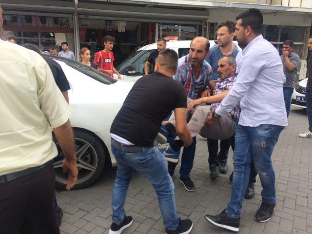 Turgutlu'da motosiklet ile otomobil çarpıştı: 1 yaralı