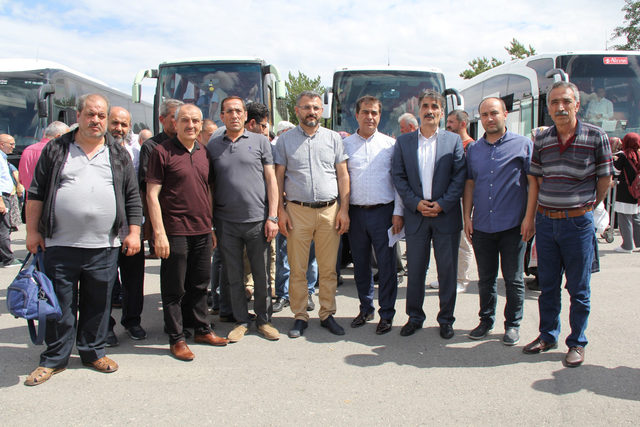 Sivas'tan 6 bin kişi, oy kullanmak için İstanbul'a uğurlandı