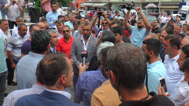 Emlakçılardan belediyeye protesto
