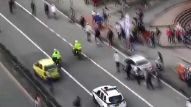 Polisin kaykaycılara müdahalesine tepki