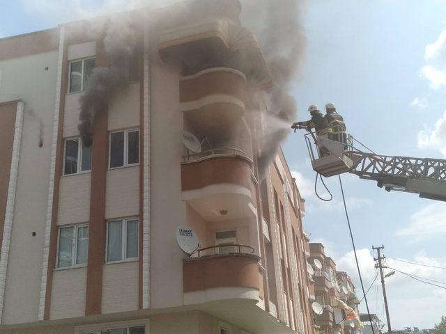 Samsun'da yangın korkuttu