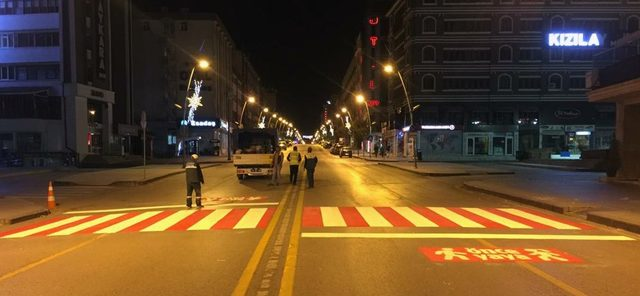 """Büyükşehir'den """"Yaya Öncelikli Trafik"""" düzenlemesi ile ilgili görsel sonucu"""