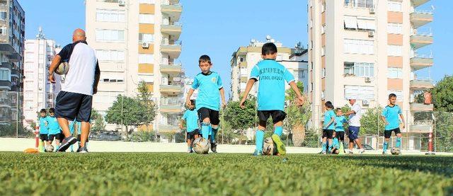 Büyükşehir Yaz Okulları'na kayıtlar devam ediyor