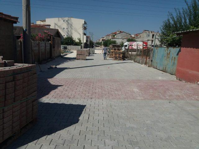 Ergene'de kilit parke taş çalışmaları sürüyor